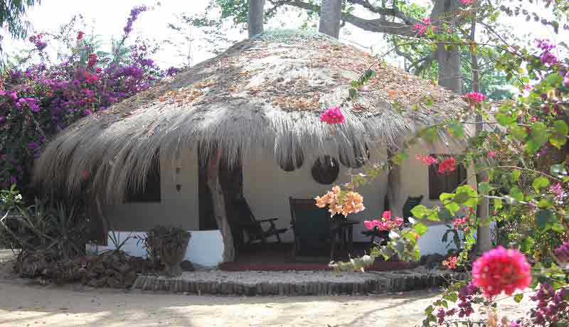 hotel kere rooms and  bungalow  dreamy stay in bijagos