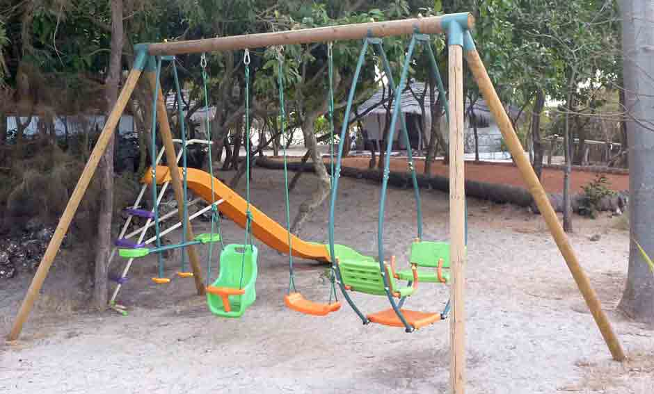 Swing set hotel kere in guinea bissau